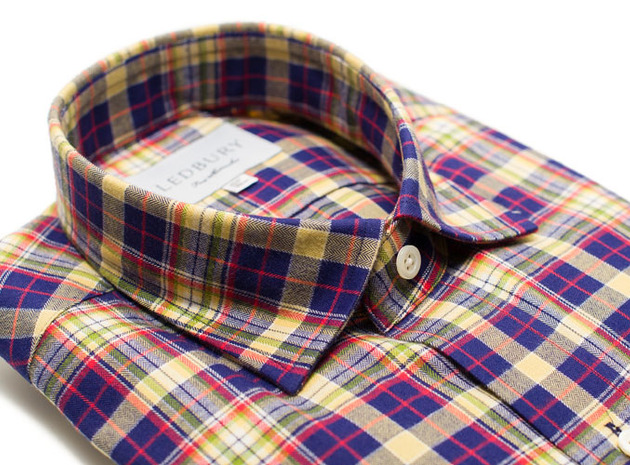 The Griffin Flannel Slim Fit collar