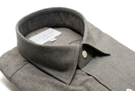The Forbes Brushed Twill collar