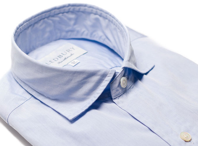 The Coleman Chambray collar
